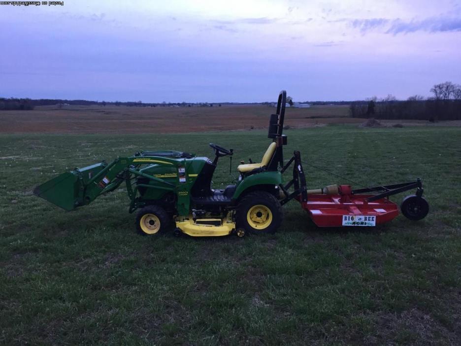 2305 John Deere compact tractor
