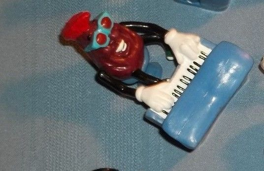 Vintage California Raisins Red The Piano Man PVC Figure Calrab Applause 1989 HTF