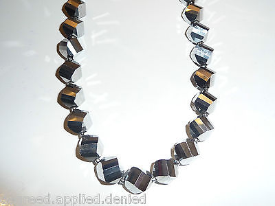 Valentine's Day Faceted Tire Cut Crystal Shiny Silver Beaded 18