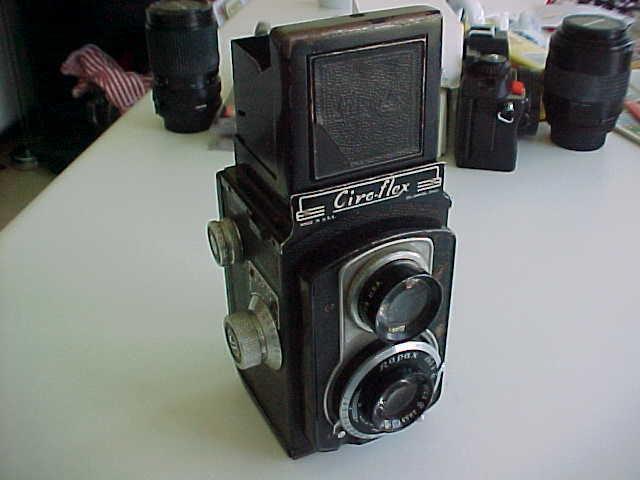 CIROFLEX TLR 120 film camera