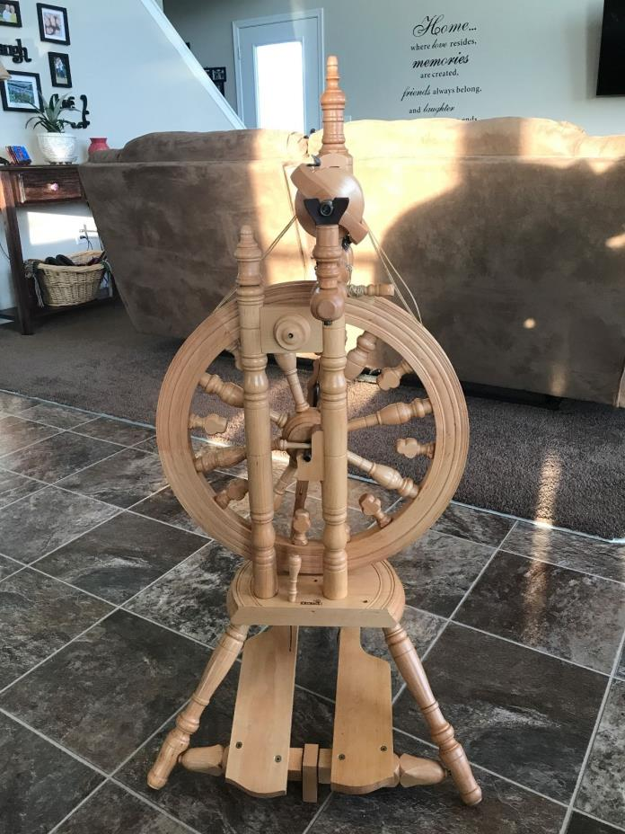 Kromski Minstrel Unfinished Spinning Wheel with Jumbo Flyer and 8 extra bobbins.