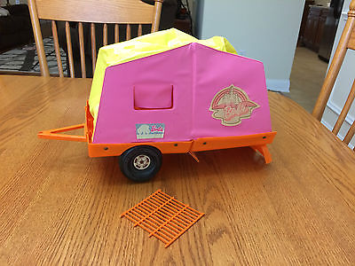 Vintage 1972 Mattel BARBIE POP UP CAMPER