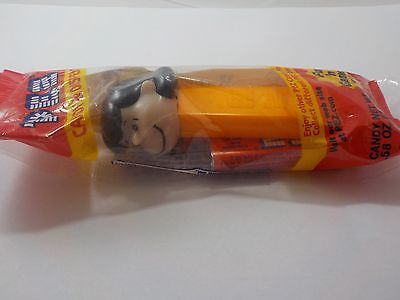 Lucy from Charlie Brown Peanuts   Pez Dispenser Unopened