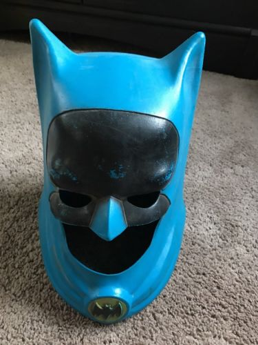 Vintage Batman 1966 Ideal Mask Cowl Plastic Toy
