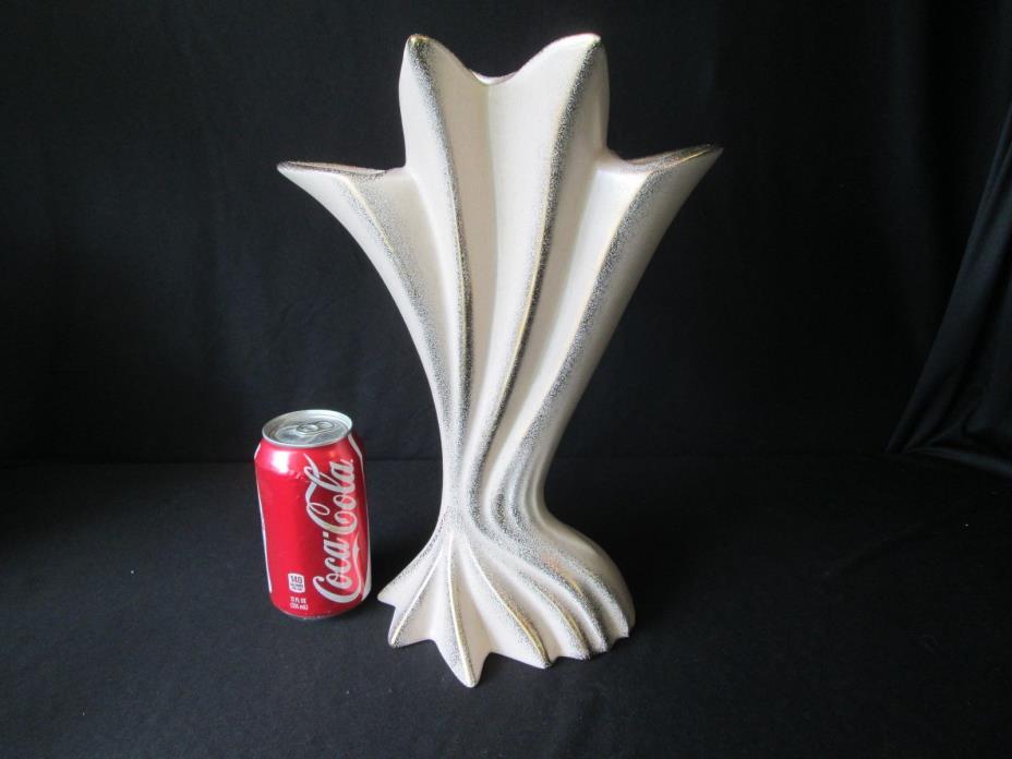 Gilner Pottery CA Large Adonis 13.5