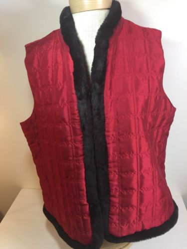 Women's XL Quilted Vest Red J M Collection Faux Fur Trim Lined