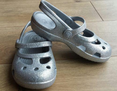 NWOT Girls Crocs Silver Sparkle Karin toddler 8 little kid clog sandal shoes