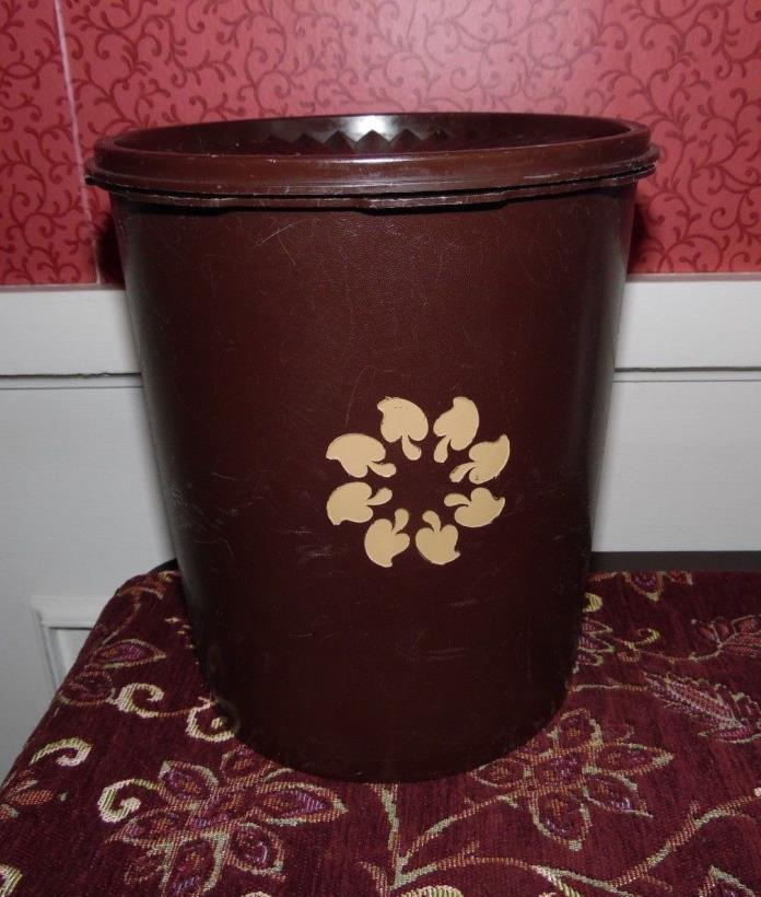 VINTAGE BROWN MUSHROOM LARGE TUPPERWARE SERVALIER CANISTER CONTAINER