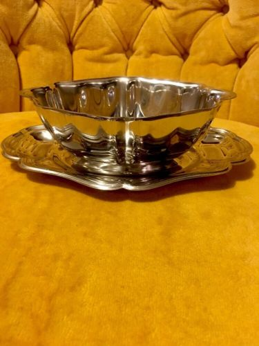 Stainless Steel Gravy Boat Vintage Carefree Collection Modern Contemporary Decor