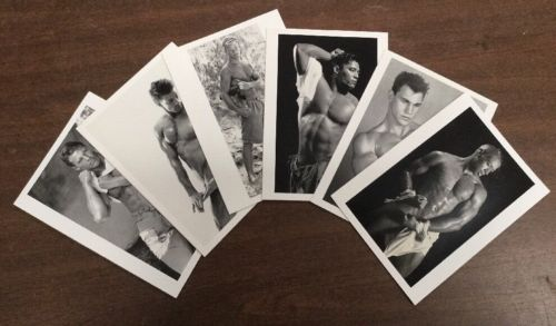 HOT GUYS!!!!  30 ASSORTED NOTECARDS WITH ENVELOPES