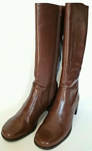Naturalizer Wide Calf Brown Coffee Bean Ladies Boots Size 9.5  741NA57 S01 USA