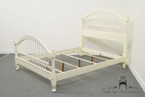 ETHAN ALLEN Country French Queen Size Wheatback Bed 647 Brittany Finish