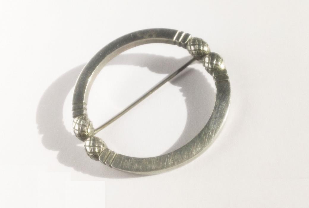 Vintage Georg Jensen Denmark Sterling Art Deco Stylized Circle Torque Pin #253