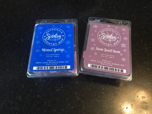 Scentsy Holly Berry Wickless Wax Bar 6 Cubes 2.4 Retired
