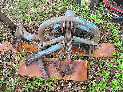 Used 7 Ft. Ford  501 Sickle Mower, 3 Point