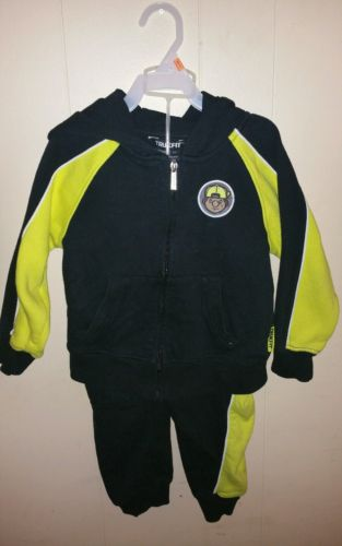 Trunkfit sz 4 boys yellow/black sweat suit