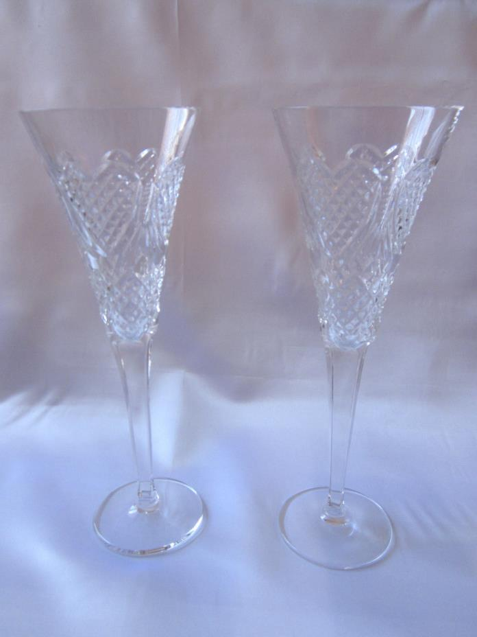 WATERFORD Champagne Crystal Toasting Wedding Flutes HEIRLOOM HEART Pair