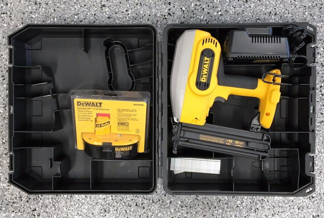DEWALT 18V XRP Cordless 18-guage Brad Nailer DC608 KIT | Local Pick up
