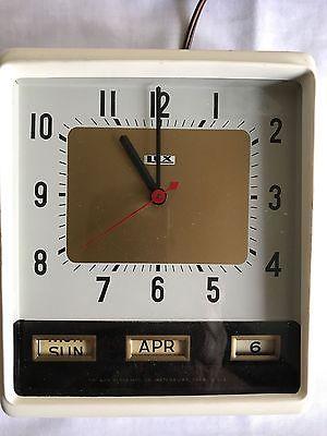 Vintage Lux Art Deco Calendar White Wall Clock