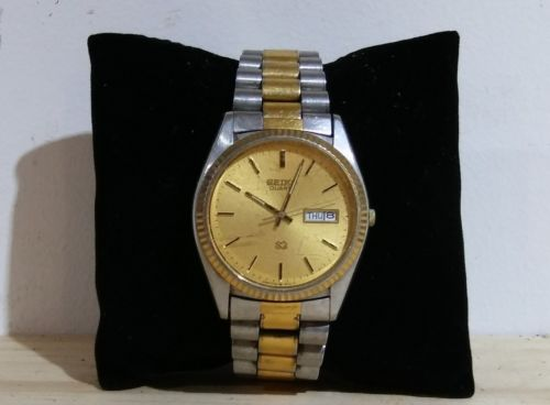 VINTAGE 1970s Seiko S3 Quartz Day/Date Automatic Mens Watch Stainless Steel