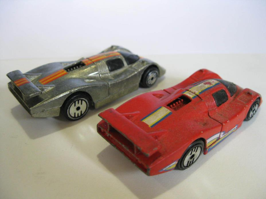 2 Vintage Mattel Ultra Hot Wheels Cars SOL-AIRE CX4 Red Silver 1983 diecast