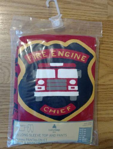 GAP BABY Boy Fire Truck Pajamas Set 2/2T Toddler Red Engine Pants PJs Sleepwear