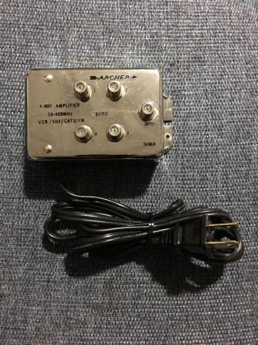 Archer - 4-Way Amplifier 50-400 MHZ VCR VHS CATV-FM Output