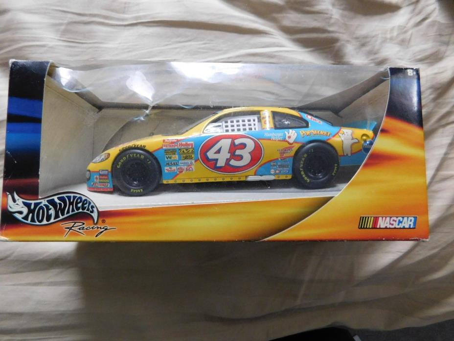 HOT WHEELS 2000 JOHN ANDRETTI CHEERIOS 1:24 CAR NEW IN BOX