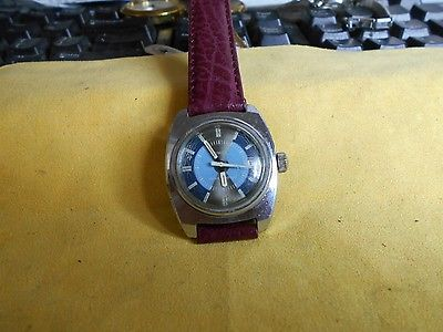 VINTAGE 1973 MENS MILITARY STYLE TIMEX WATCH