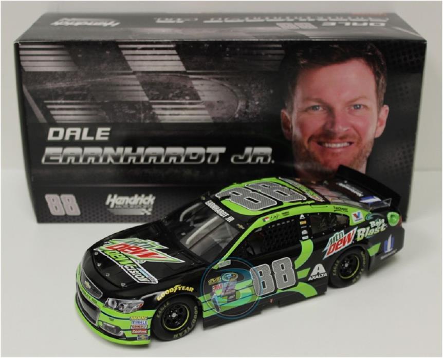 NASCAR  2016 DALE EARNHARDT JR #88 MOUNTAIN DEW DEWCISION 1/24 DIECAST CAR