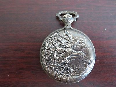 Vintage Geneva 17 Jewels Wind Up Pocket Watch With Duck Scene ! Not Working !