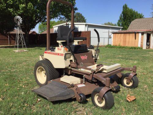 Grasshopper, Zero-turn mower, Grasshopper 226V, 26 Hp Briggs&strat, 61
