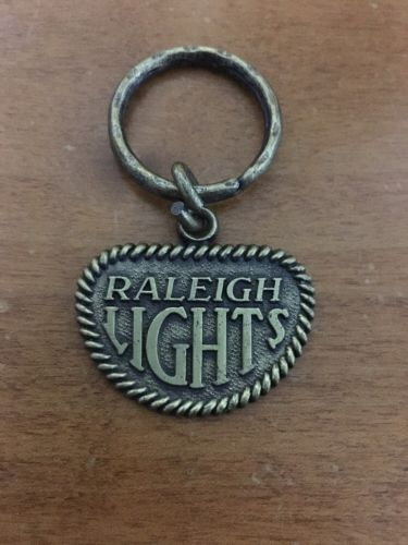 Vtg Raleigh Lights Cigarettes Advertising Keychain Smoker Key Chain Smokes