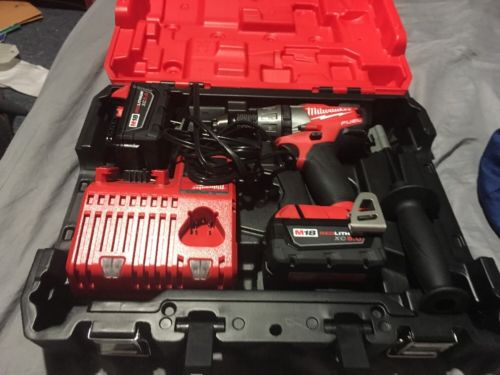 Milwaukee M18 FUEL Hammer Drill 2703-20  2 X C 5.0 AH Batteries And 1 Charger
