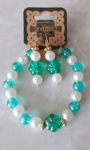 St Patrick's Day Shamrock Green Faux Pearl Beaded Stretch Bracelet Earring Set