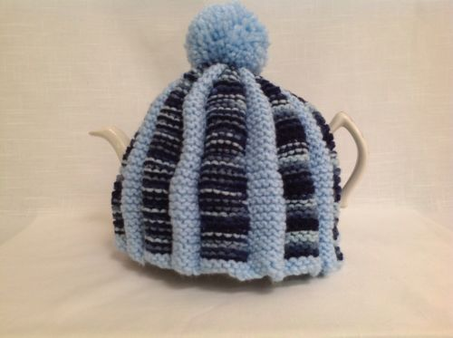 Tea Cozie Knitted In Pale Blue For 6 Cup Teapot