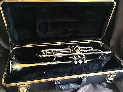 Bach TR500 Goldtone Trumphet with Case & Blessing Mouthpiece