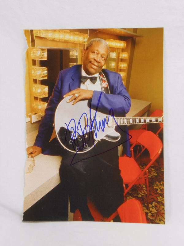 BB King SIGNED 8x10 Color Page from Magazine AUTOGRAPHED