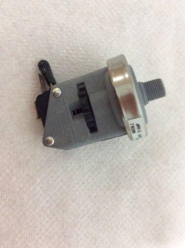 Len Gordon - Pressure Switch, 21AMP, 1/8