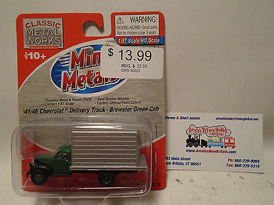 CLASSIC METAL WORKS #30320 HO SCALE 1941/46 CHEVY GREEN CAB DELIVERY TRUCK NEW