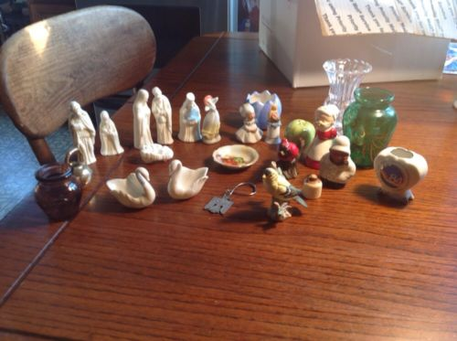 Lot of Figurines Lenox Swan Bride Salt Pepper Christmas Worlds Fair 84 Lefton