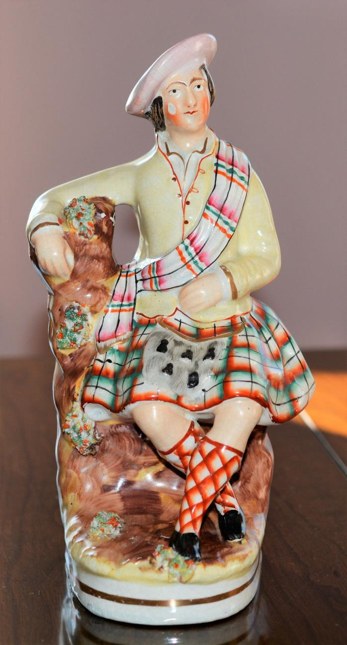 Antique STAFFORDSHIRE SCOTTISH HIGHLAND MALE FIGURE IN KILT TARTON c1860's 10