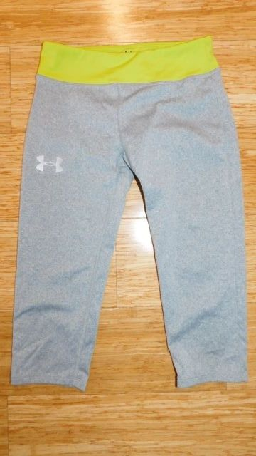 UNDER ARMOUR GIRLS YOUTH SMALL YSM FITTED HEAT GEAR CAPRIS CROPS LEGGINGS EUC