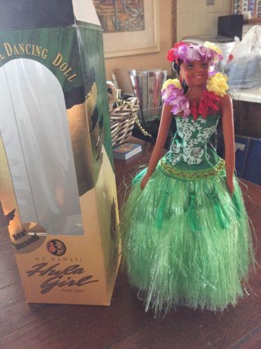 Vintage Musical Dancing Doll Hawaiian Hula Girl New in Box 1998