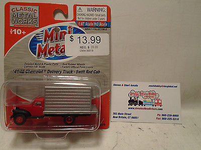 CLASSIC METAL WORKS #30319 HO SCALE 1941/46 CHEVY RED CAB DELIVERY TRUCK NEW