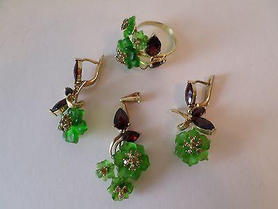 SET  RING # 8, PENDANT EARRINGS Green Quartz & Garnet, Silver w/Gold
