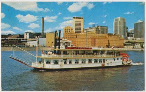 The Jonathan Padelford Sternwheeler, St. Paul to Fort Snelling, Minnesota