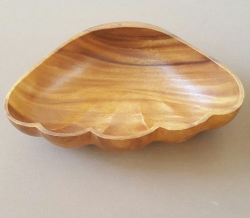 Vintage Hawaiian Monkey Pod Salad Bowl 1970s Clam Shell Design
