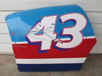 NASCAR Richard Petty #43 Number Race Used Quarter Panel Fiberglass Sheet Metal
