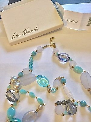 Lee Sands Necklace Excellent Condition Vintage with Box Beautiful